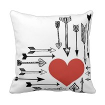 cupids_arrow_heart_love_valentine_pillow-r850975ef3d8e4b159ce189acf32cd5f4_i5fqz_8byvr_210